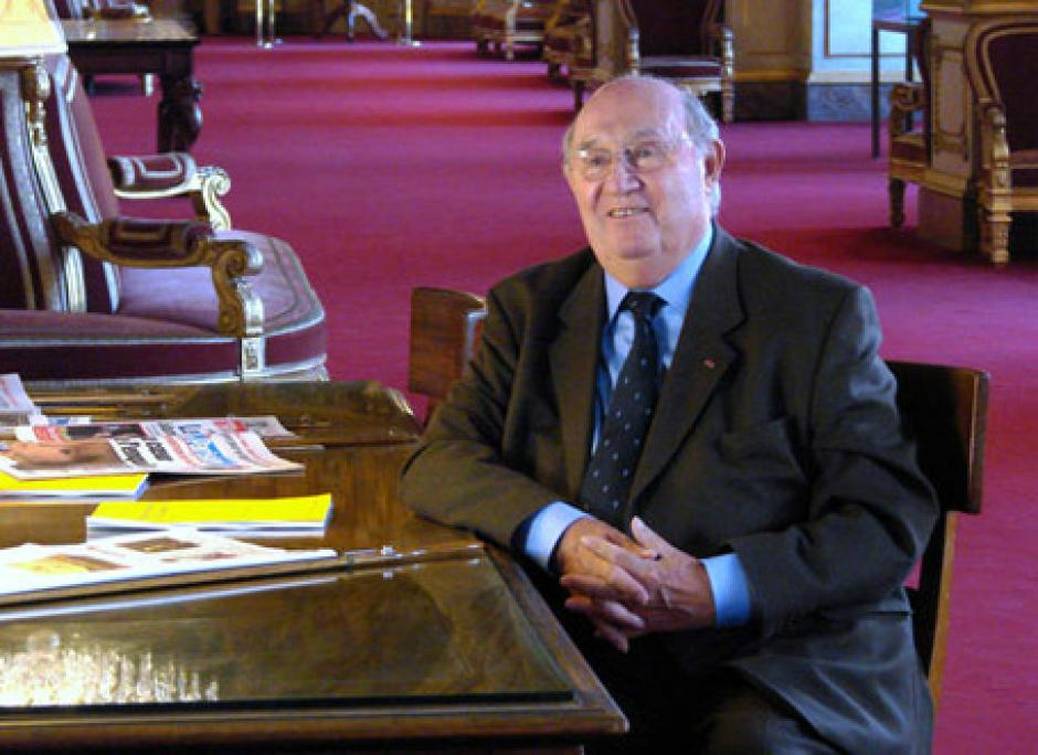 Le PCF honore la mémoire de Lucien Neuwirth